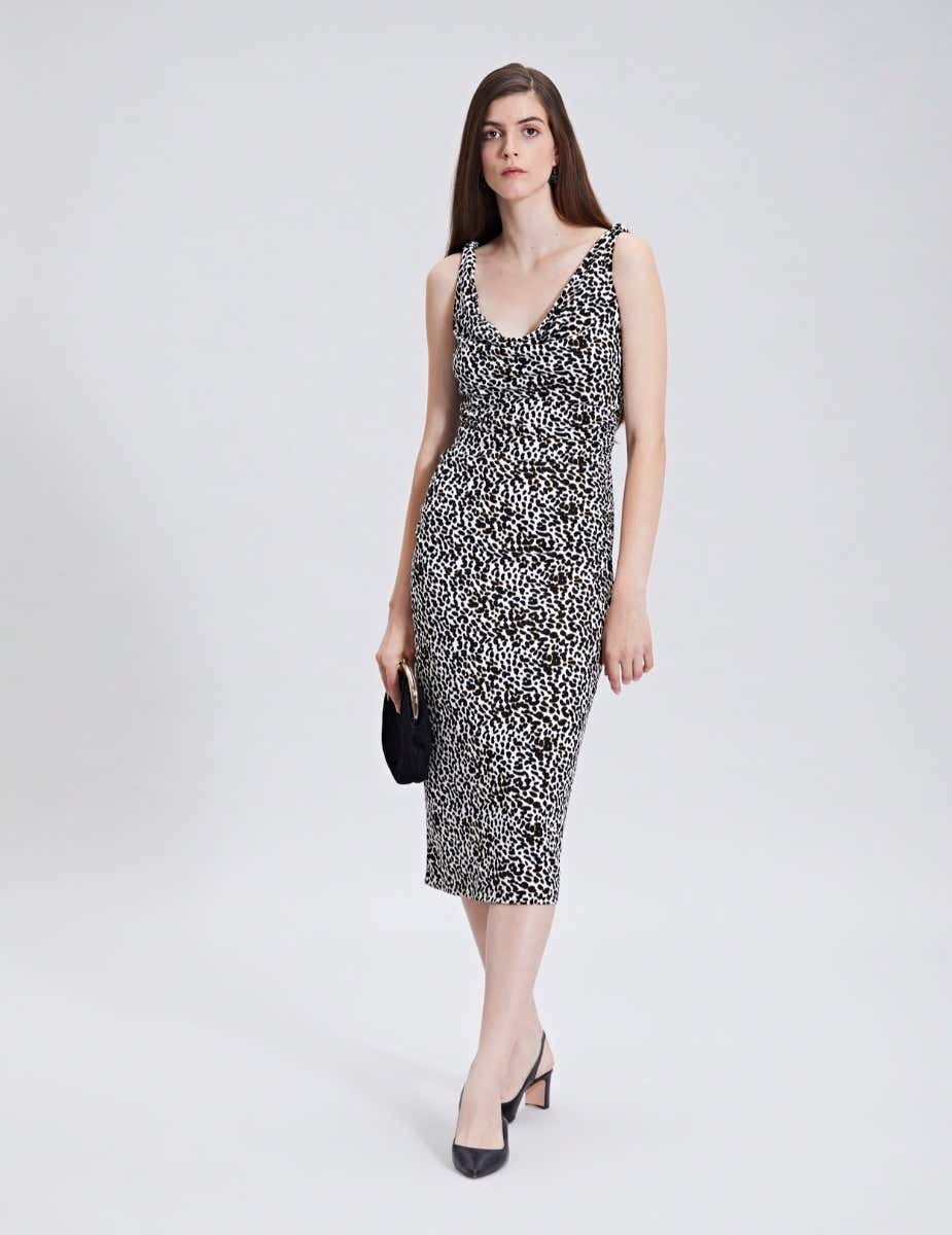 LEOPARD PRINT SLEEVELESS SHIFT DRESS