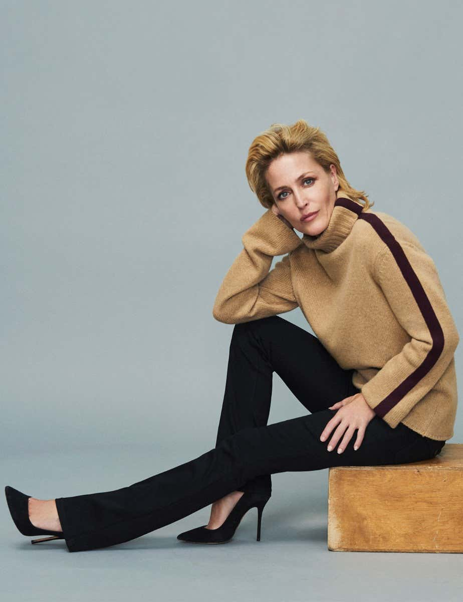 GILLIAN ANDERSON - JEANS