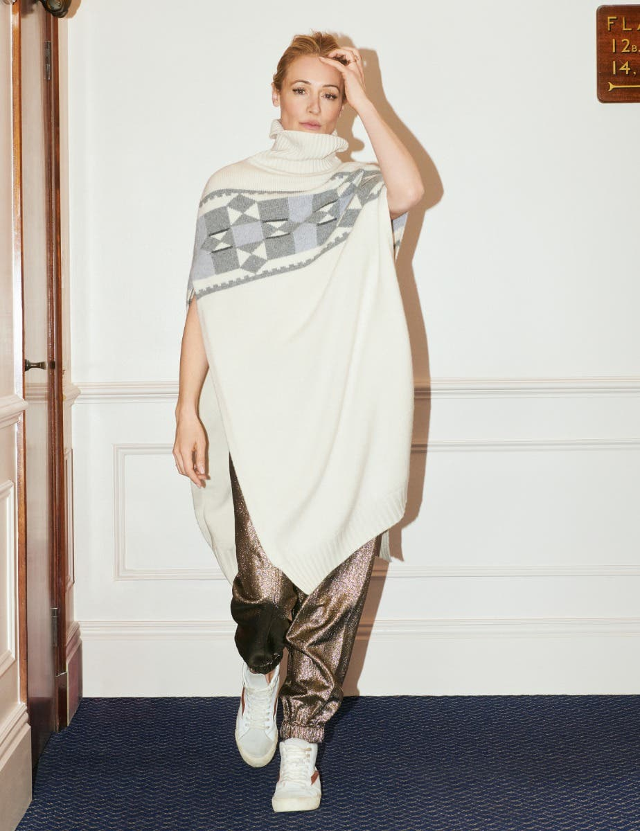 HAND CRAFTED CAT DEELEY PONCHO