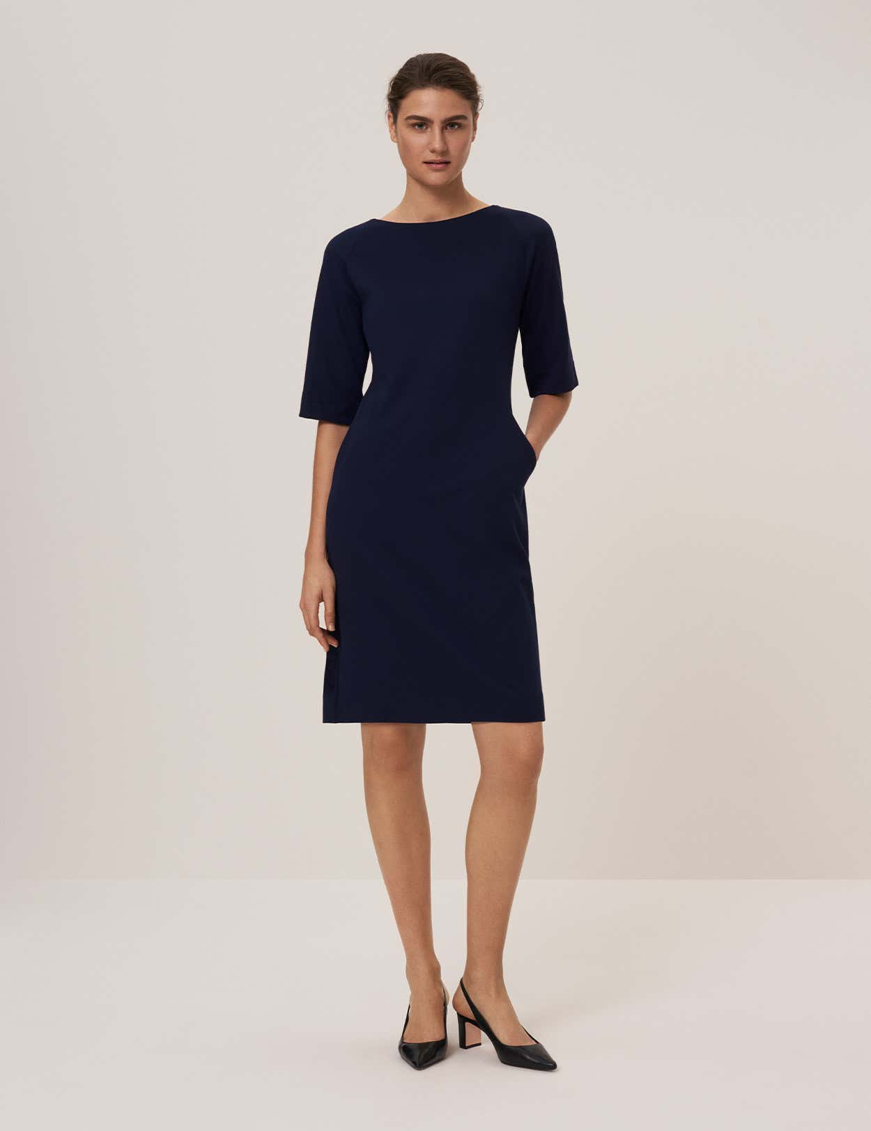 SIENNA SHIFT DRESS
