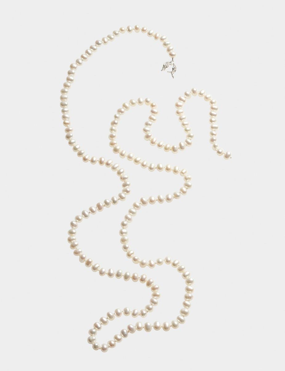 PEARL NECKLACE WITH SILVER CLASP